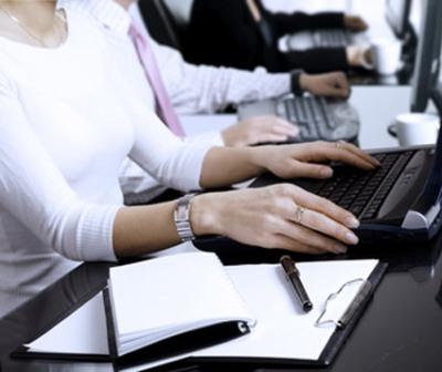 A-profissão-de-Auxiliar-Administrativo-é-focada-em-realizar-atividades-fundamentais-em-empresas-públicas-e-privadas.