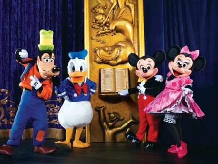pateta-donald-mickey-e-minnie-foto-copyright-feld-entertainment-000000000000007D