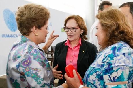 Deputada Zenaide Maia com Dilma durante lançamento do pacto.