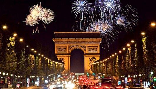 reveillon-em-paris-promete-muitas-emocoes-num-cenario-grandioso-e-romantico