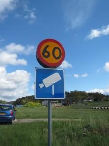 synchroonkijken,Zweden,snelheid,2015, verkeersbord flitspaal