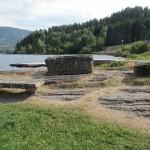 Noorwegen,picnicplaats,stenen bank,2015