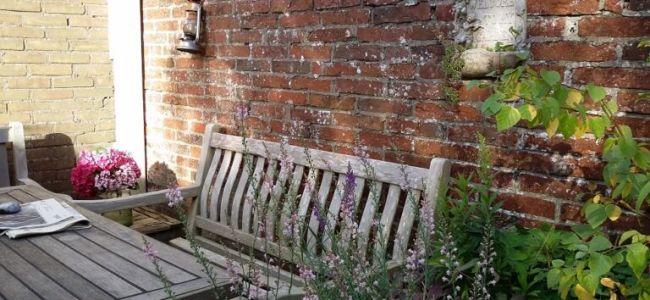 tuinbank,augustus,zomer,stilte,geluiden