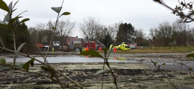 terrein timmerfabriek De Vries,drijfzand,Meren,traumahelicopter