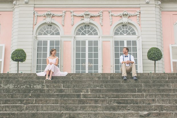 Verlobungsshooting am Schloss Benrath von Lene Photography