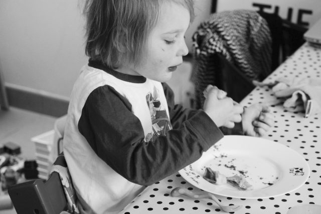 slow mornings: pannenkoeken bakken