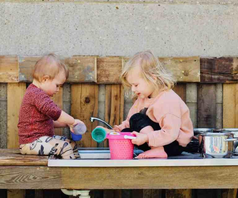 thuisvakantie in tijden van corona met kinderen