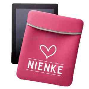 Tablethoes met naam roze Hart