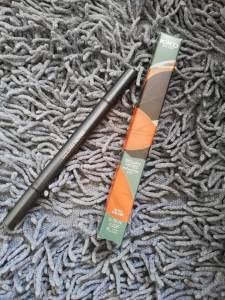 double eye liner pencil Sicilian notes Kiko