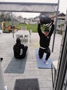 Samen thuis trainen tijdens Lockdown België - Lievelyne