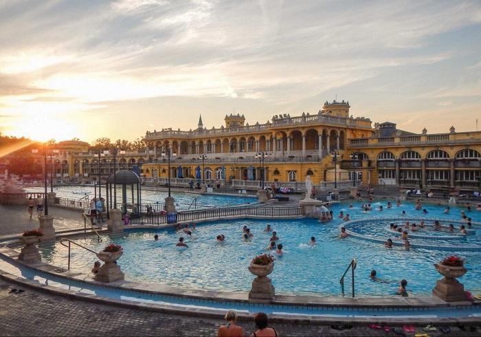 thermal bath Budapest