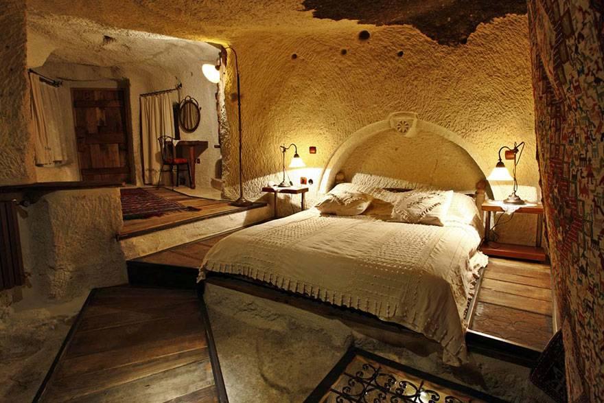 02-Fairy Chimney Hotel, Turkey