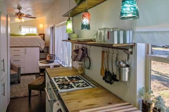 04-the Secrets to Tiny House Living
