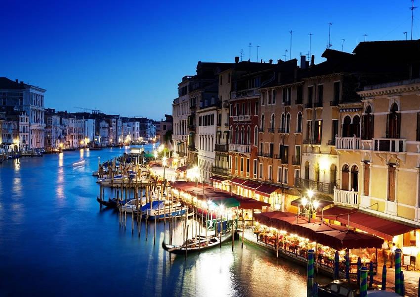 2. Destinations for Romantic Getaways Venice - Italy