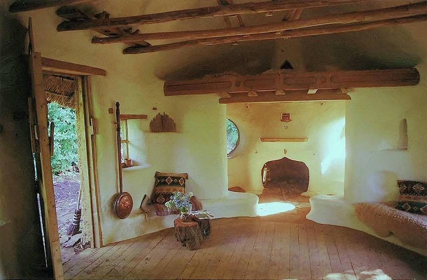 3-Eco-Friendly Cob House