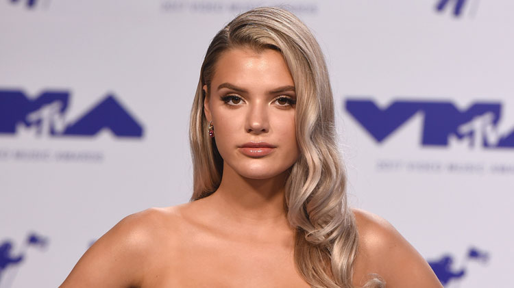 Is Alissa Violet Pregnant See The Bizarre Video That Has