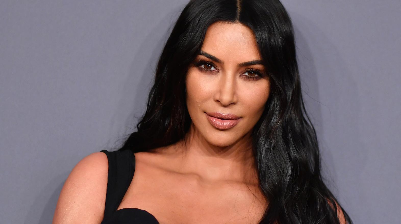 Kim Kardashian Shares Morning Psoriasis Bare Faced Selfie