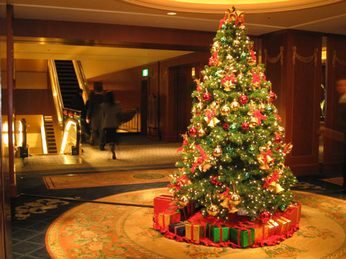 16 Christmas Tree Decorating Ideas