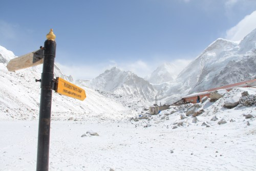 What's it like to climb Everest base camp
