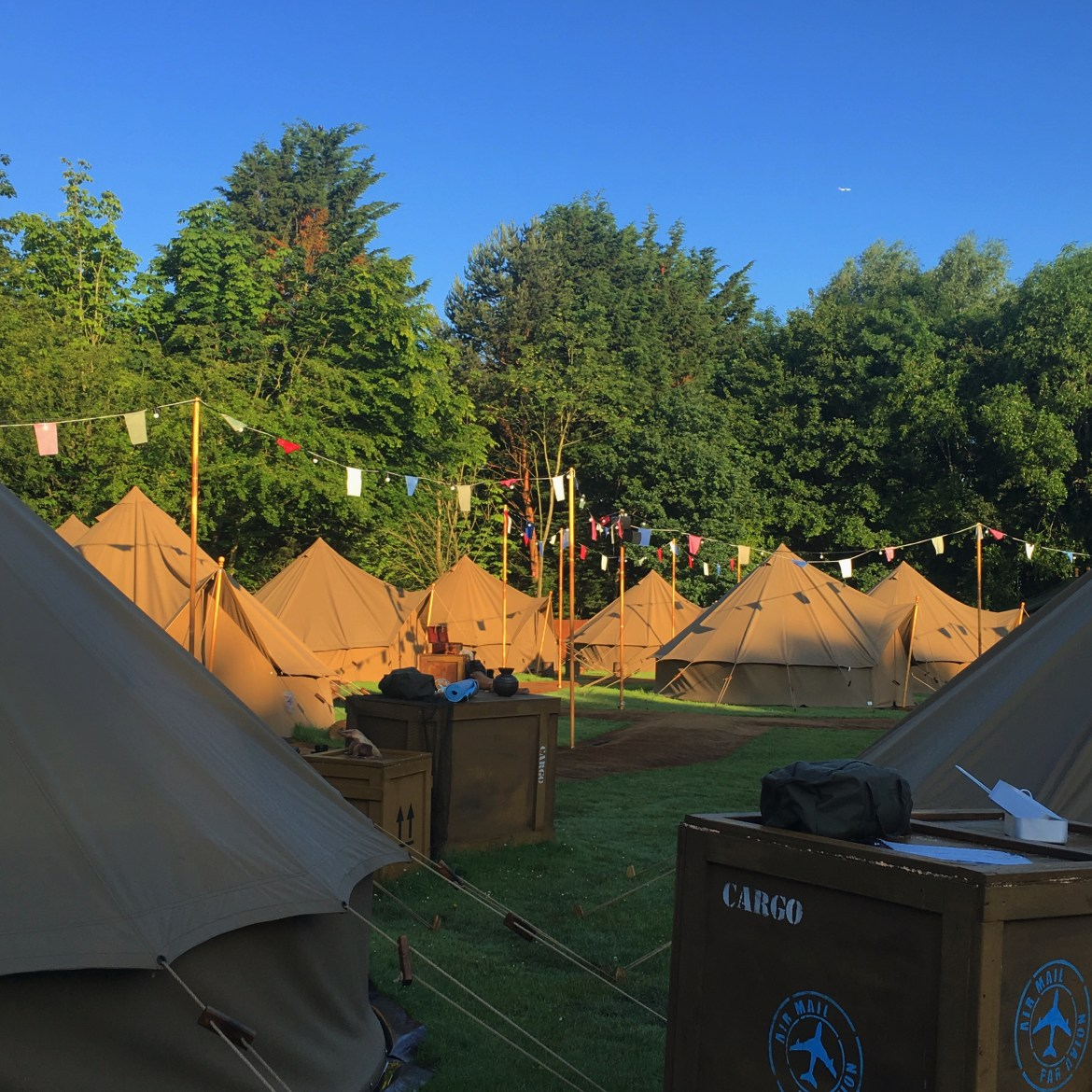 chessington world of adventure, glamping