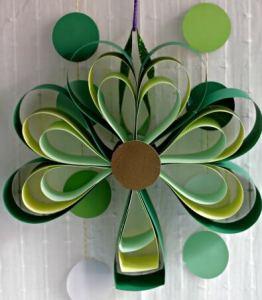 Shamrock Door Decoration #CraftyDestashChallenge