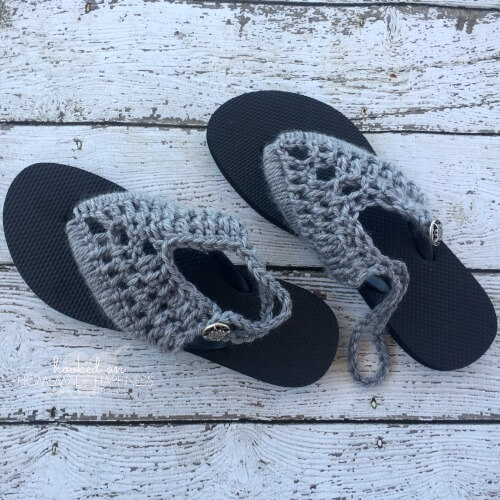 Crocheted Flip Flops from Hooked on Homemade Happiness ~ Featured Post at Creatively Crafty ~ Life Beyond the Kitchen