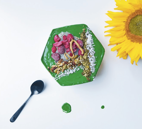A healthy vegan bowl for mindful eating