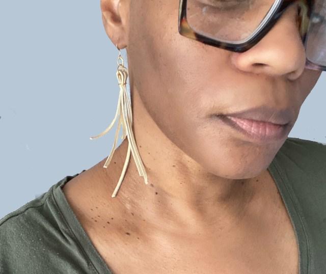 earringshot1