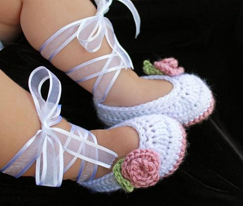 baby-shoes-crochet