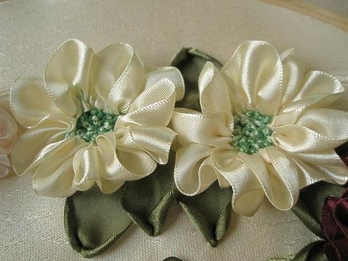 floral-silk-ribbon-embroidery
