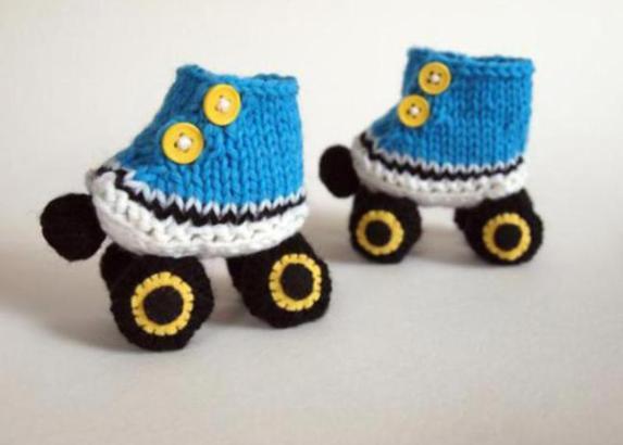 crochet-roller-skates