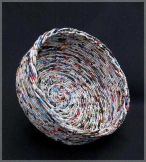 recycled-magazine-basket