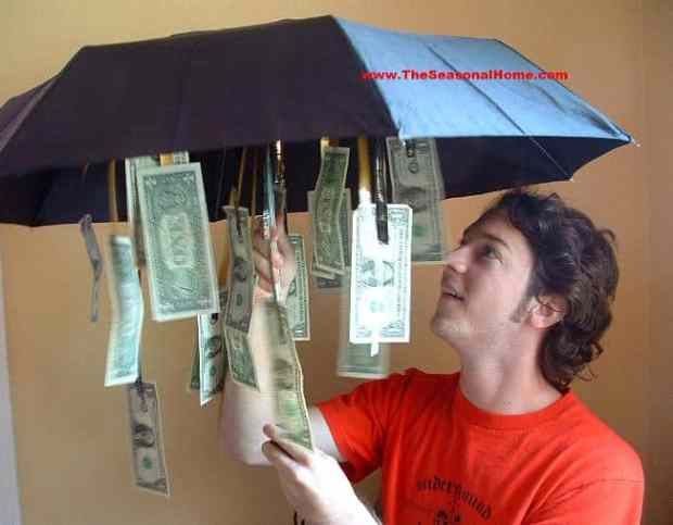 10 awesome graduation gift ideas! Tape money inside an umbrella for a rainy day fund