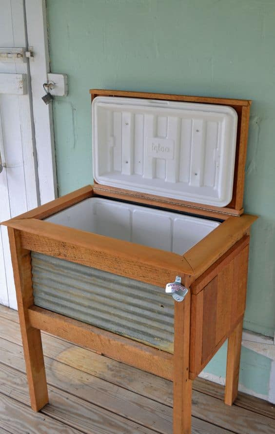 Outdoor decorating - DIY dressed-up cooler