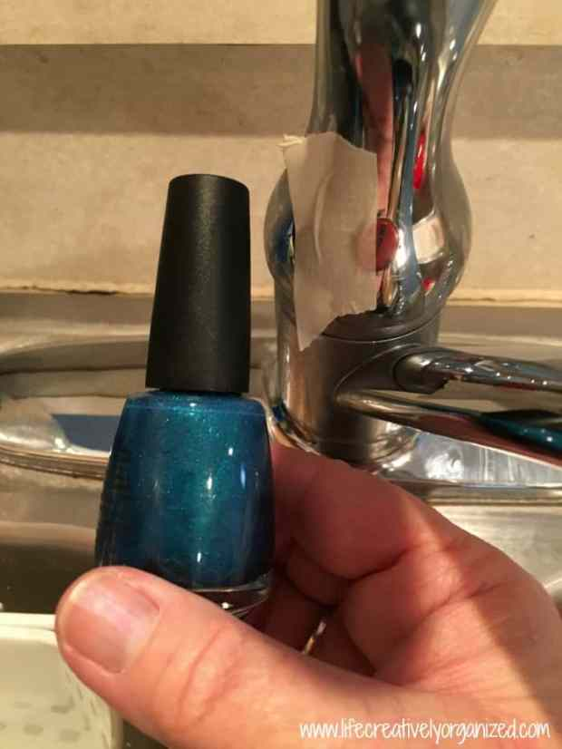 Simple DIY hot/cold faucet fix. The blue paint rubbed off the hot/cold indicator on my faucet. Don't laugh. Here is how I fixed it in 15 minutes for $2!