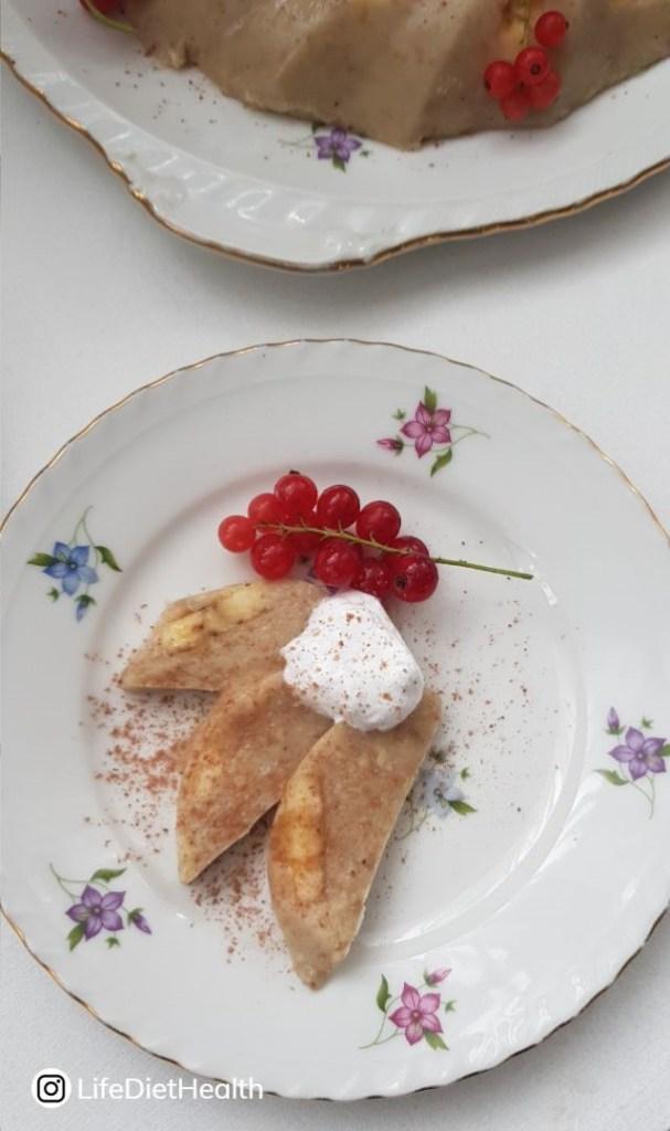 sliced panna cotta