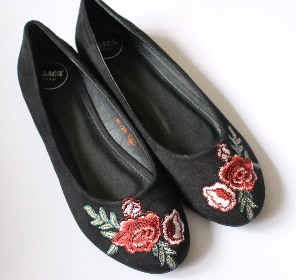 Georgio Black Faux Suede Embroidered Pumps from XYLONDON