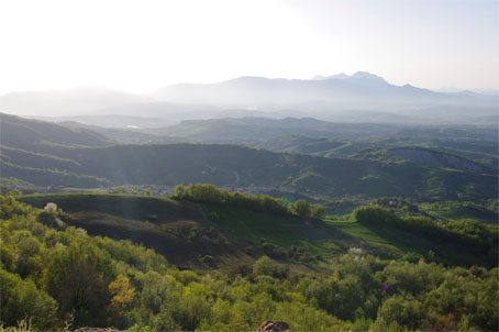 Serramonacesca Valley