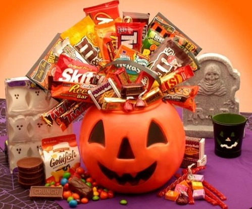 Gift the Gift of Frightful Fun with a Halloween Gift Basket from Gift Baskets Plus