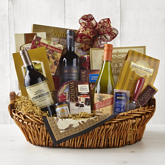 Give a Wine of the Month Club Gift this Holiday Season