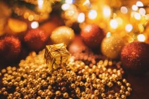 Gold, Frankincense & Myrrh: Thrifty Gifting and Creative Christmassy Savings