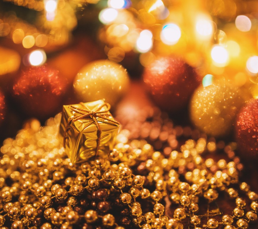 Gold, Frankincense & Myrrh -Thrifty Gifting and Creative Christmassy Savings