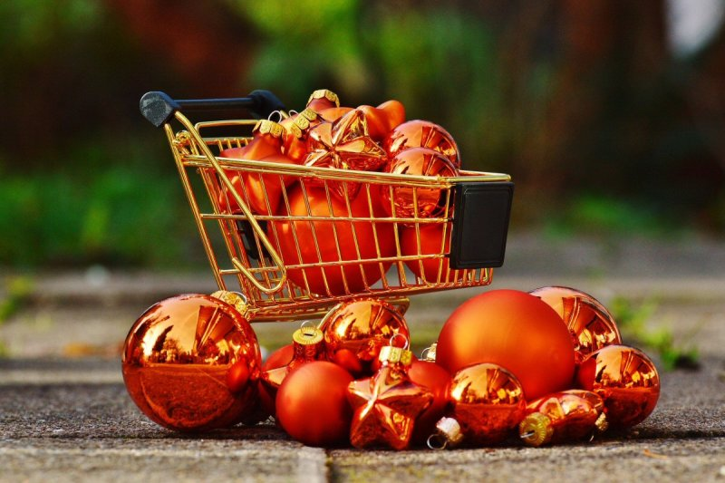 Great Reasons To Shop With Your Credit Card This Christmas