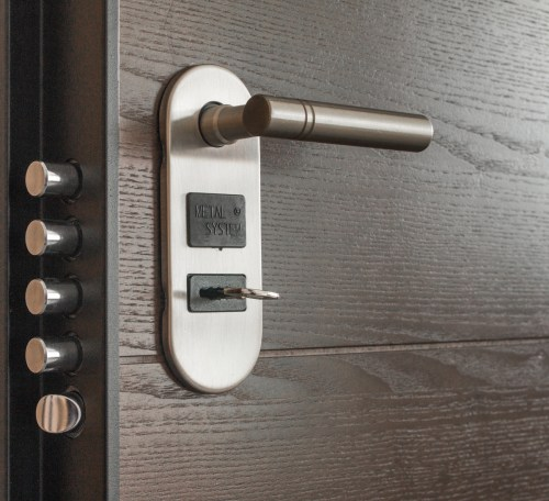 3 Signs Your Home's Security Isn't Adequate Feature