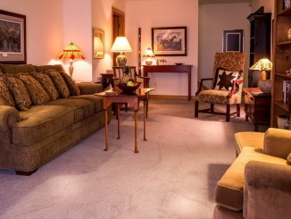 5 Tips to Keep Your Carpet Spotless feature