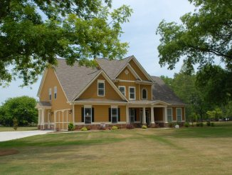 Impress Potential Buyers with Your Curb Appeal