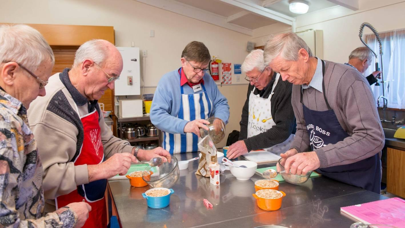elderly cooking class