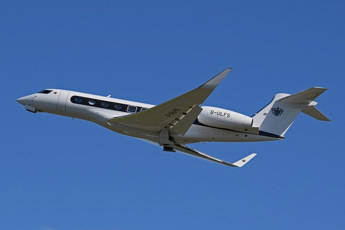 gulfstream airplane