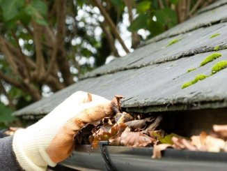 3 tips to find the right gutter cleaning company