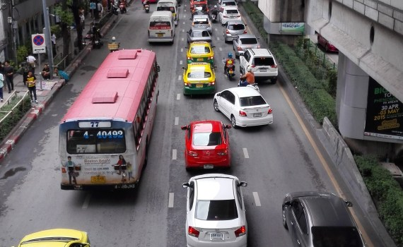 Victory Monument traffic
